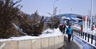 Кыргыз-казак чек арасындагы Ак жол көзөмөл-өткөрүү пункту. Архив