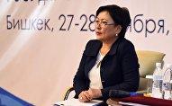 Архивное фото министра образования и науки КР Гульмиры Кудайбердиевой