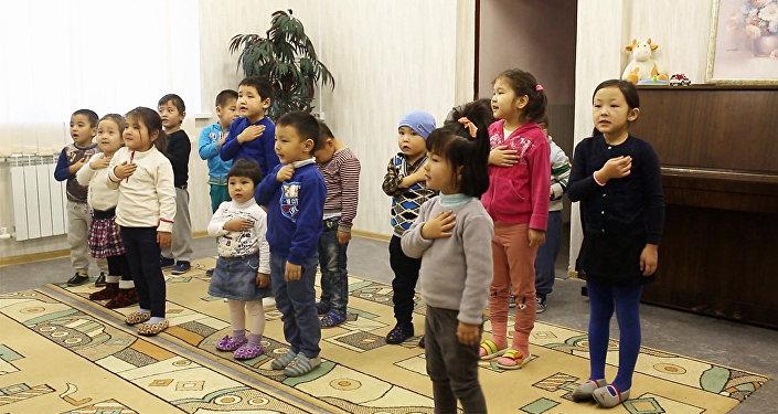 Уникальный детский клуб: как проводят время дети кыргызстанцев в Москве