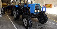 Трактор. Архивдик сүрөт