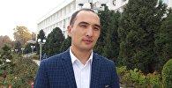 Өкмөттүн Ош облусундагы өкүлчүлүгүнүн басма сөз катчысы Жумамидин Сулайманкуловдун архивдик сүрөтү