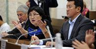Архивное фото депутата ЖК 6 созыва Чолпон Джакуповой от партии Бир Бол