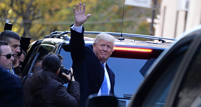 Кандидат в президенты США от республиканцев Дональд Трамп после голосования в день выборов президента США в Нью-Йорке.