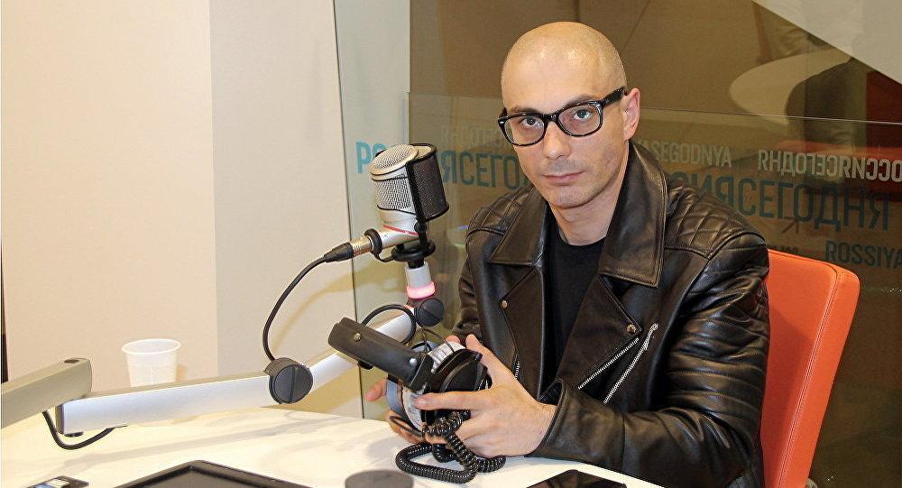 Архивное фото российского писателя и ведущего радио Sputnik Армена Гаспаряна