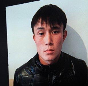 Бишкек шаарындагы Свердлов РИИБине сурак берүү үчүн алып келинген 21 жаштагы айыптулуучу Рамазан Ляхуновдун архивдик сүрөтү
