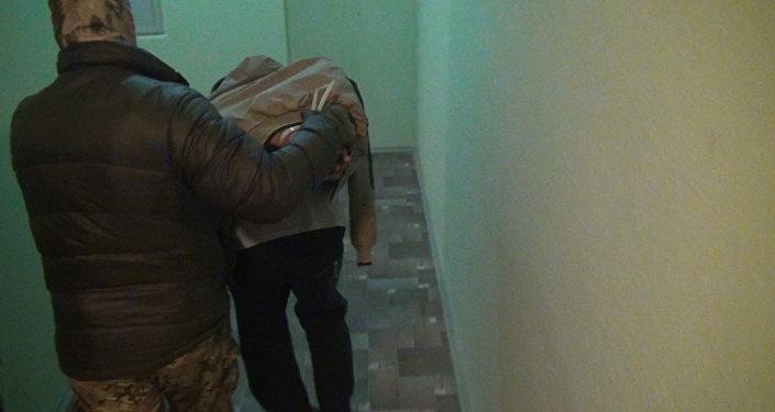 ФСБ задержала подозреваемых в подготовке терактов в Москве и Петербурге