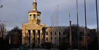 Кыргызстан эл аралык университетинин имараты. Архивдик сүрөт