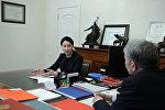 Президент Алмазбек Атамбаев башкы прокурор Индира Жолдубаеваны кабыл алды