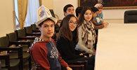 Ученики бишкекской школы-гимназии №6 имени Ивана Панфилова  в Международном слете панфиловских школ СНГ Юные сердца
