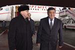 Кечки Москва Жээнбековду кар менен тосуп алды