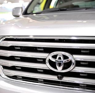 Toyota Land Cruiser Prado автоунаасы. Архив