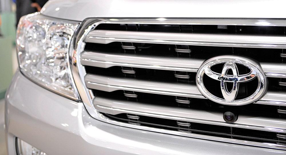 Toyota автоунаасы. Архивдик сүрөт