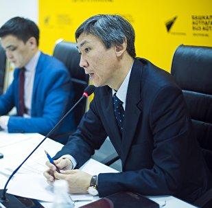 Мамлекеттик ипотекалык компания ААКнын төрагасы Нуржигит Усөнакун уулу Sputnik Кыргызстан агенттигинин мультимедиалык маалымат борборунда