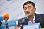 Экс-депутат Камчыбек Ташиевдин архивдик сүрөтү