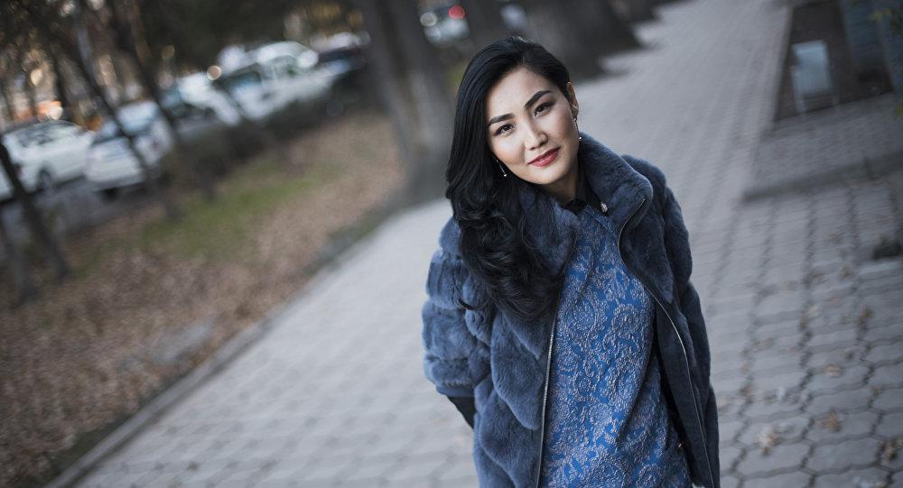 Журналистка КТРК Эльнура Молдокадырова