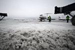 Уборка снега в аэропорту Внуково