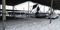 Бишкек шаарындагы РИОМ автобазардагы (мурдагы Азамат базары) №2 сектордун бастырмасы кулаган. Архивдик сүрөт