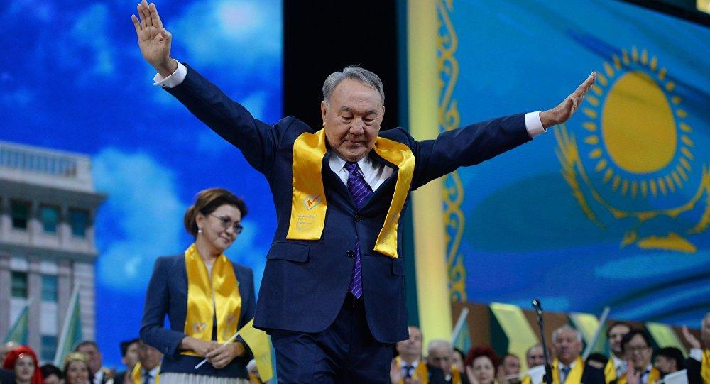 Казакстандын экс-президенти Нурсултан Назарбаев. Архив