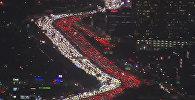 Гигантская автомобильная пробка в канун Дня благодарения в Лос-Анджелесе