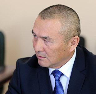 транспорт жана жолдор министри Жамшитбек Калиловдун архивдик сүрөтү