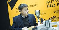 Архивное фото народного артиста Кыргызстана, акына Элмирбека Иманалиева