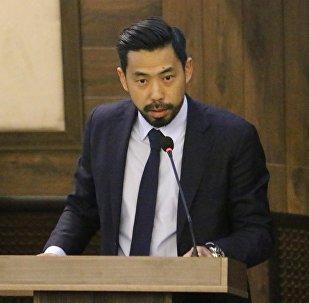 Кыргызстандын Футбол федерациясынын президенти Семетей Султанов