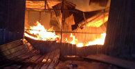 Пожар на рынке Макиш в Караколе