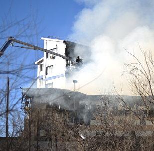 Пожар церкви и частной школы в Бишкеке