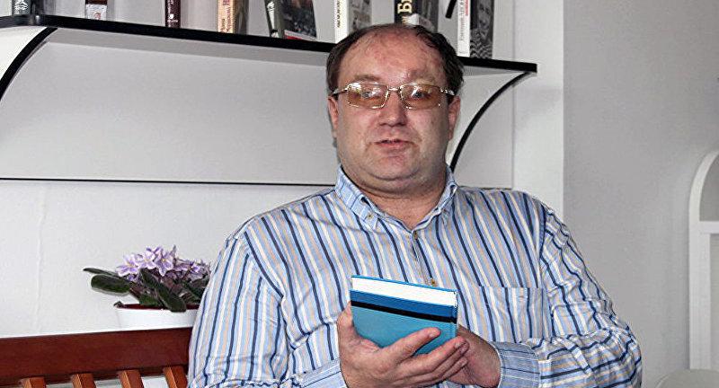 Политический эксперт Иннокентий Адясов