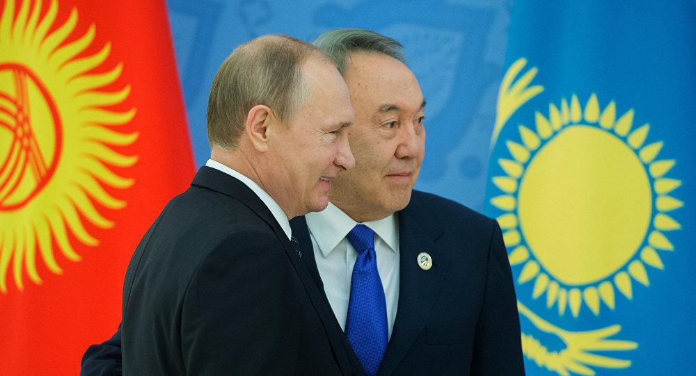 Президент Казахстана назвал феноменом свое сотрудничество с Путиным