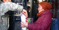 Отдать почку сыну: на Ошском рынке мать просит милостыню на операцию