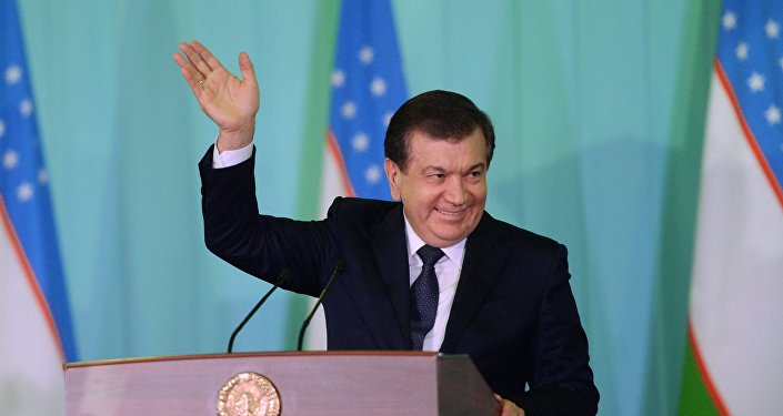 Архивное фото президента Узбекистана Шавката Мирзиёева
