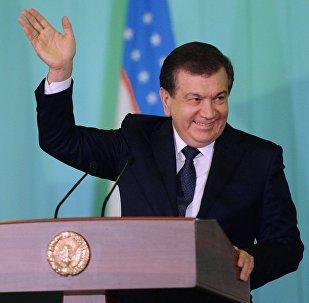 Өзбекстандагы президенттик шайлоодо президенттин милдетин аткарып жаткан Шавкат Мирзиёев