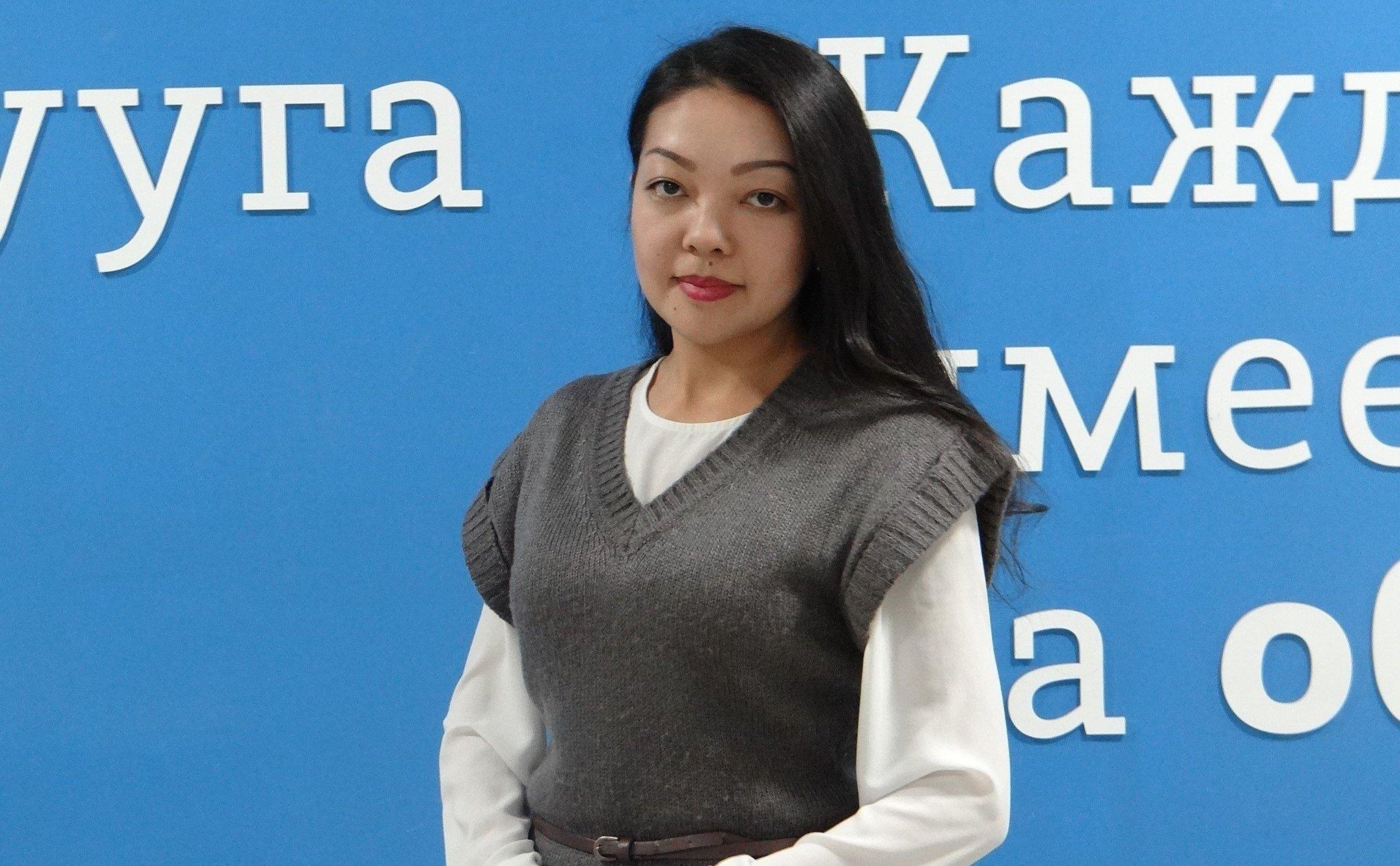 Архивное фото представителя пресс-службы министерства образования Айзуры Чыкыновой