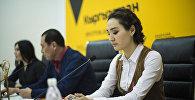 Айтыш киностудиясынын өкүлү Чолпон Идирисова маалымат жыйыны учурунда