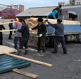 Бишкек мэриясы үйү өрттөнүп кеткендерге 500 миң сом жардам көрсөттү