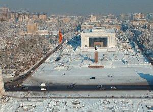 Бишкек шаарынын Ала-Тоо борбор калаасына көрүнүш. Архивдик сүрөт