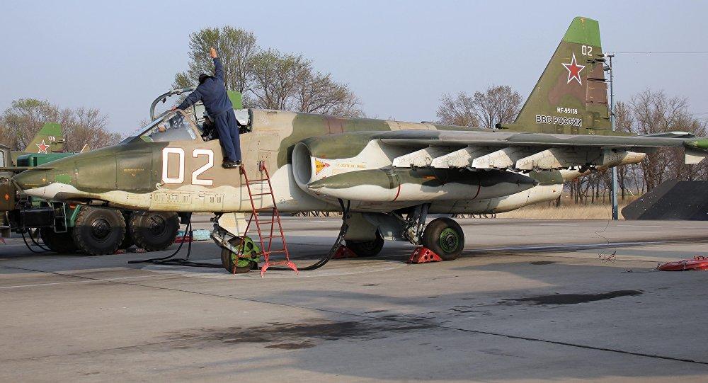Звено штурмовиков Су-25СМ в авиабазе Кант. Архивное фото
