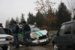 Ош — Кара-Суу жолундагы Жылкелди айылында жеке менчик банкка караштуу инкассатор менен чакан жүк ташуучу унаа кагышкан