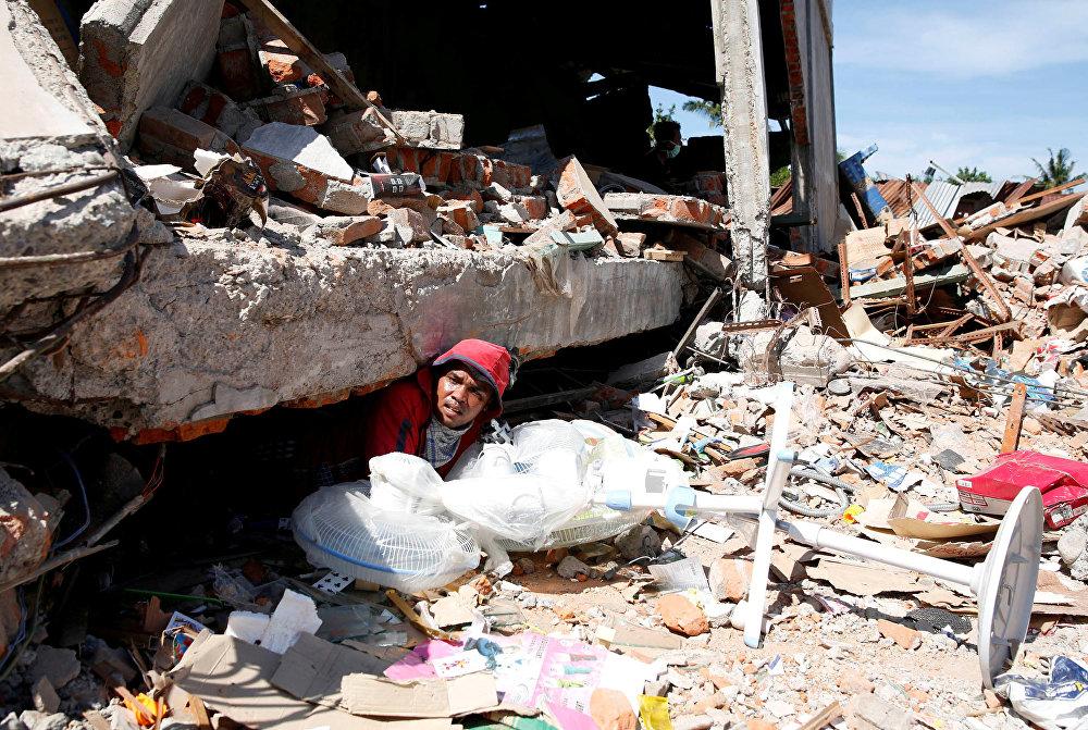 Индонезиянын Ачех провинциясында 7-декабрь күнү магнитудасы 6,5ке жеткен жер титирөө катталды. Табияттын кырсыгынан 100 киши каза болсо, 750гө жакын адам жаракат алган. 12 миңден ашуун имарат кыйрады