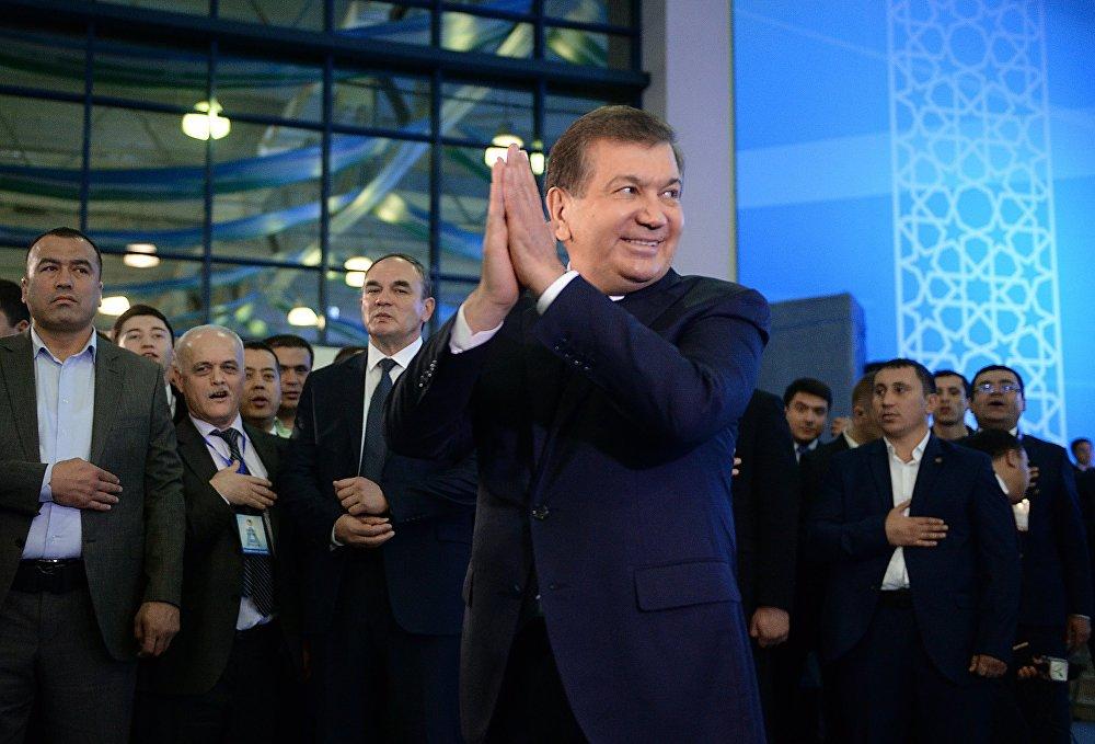 Өзбекстанда президенттик шайлоо болуп өттү. Борбордук шайлоо комиссиясынын акыркы маалыматы боюнча, Либералдык-демократиялык партиядан талапкер болуп чыккан Шавкат Мирзиёев шайлоого келген элдин (87,93%) 88,61 пайыз добушун алган