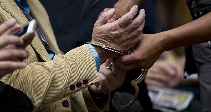 Суд арестовал лидера оппозиции впарламенте Киргизии поделу окоррупции