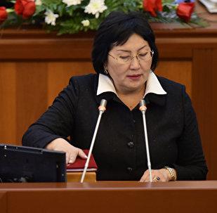 Архивное фото депутата ЖК 6 созыва Чолпон Джакуповлй от партии Бир Бол