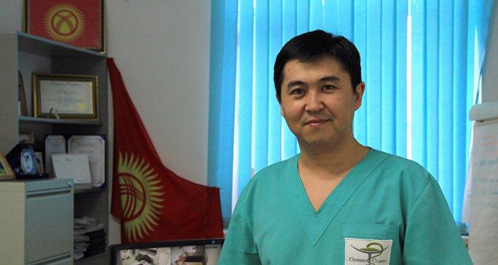 Пластический хирург Султан Тукешов
