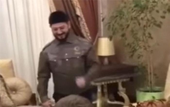Глава чеченской республики рамзан кадыров поздравил активисток региональной общественной организации клуб иман с