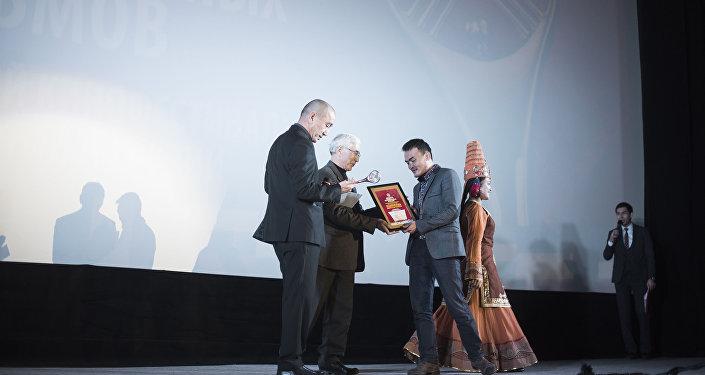 Информационное агентство и радио Sputnik Кыргызстан выступило генеральным информационным партнером кинофестиваля.