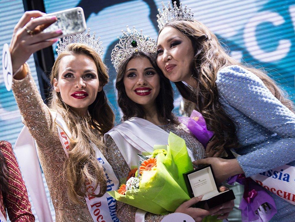 Краса России-2016 сынагынын жеңүүчүсү Лада Акимова