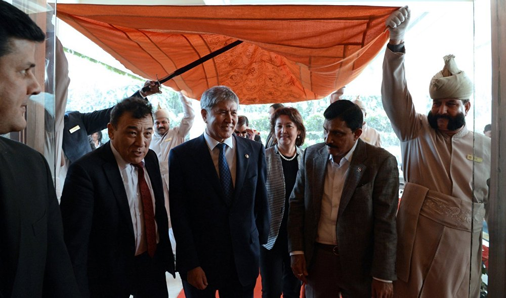 Государственный визит президента КР Алмазбека Атамбаева в Индию
