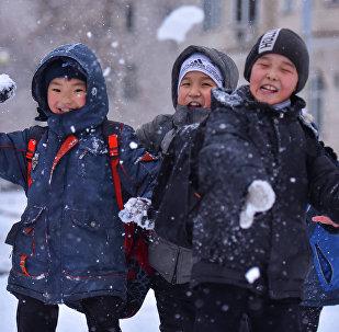 Подготовка Бишкека к Новому году
