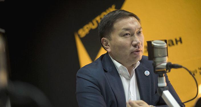 Исполнительный директор аналитического центра БизЭксперт Улук Кыдырбаев во время интервью Sputnik Кыргызстан